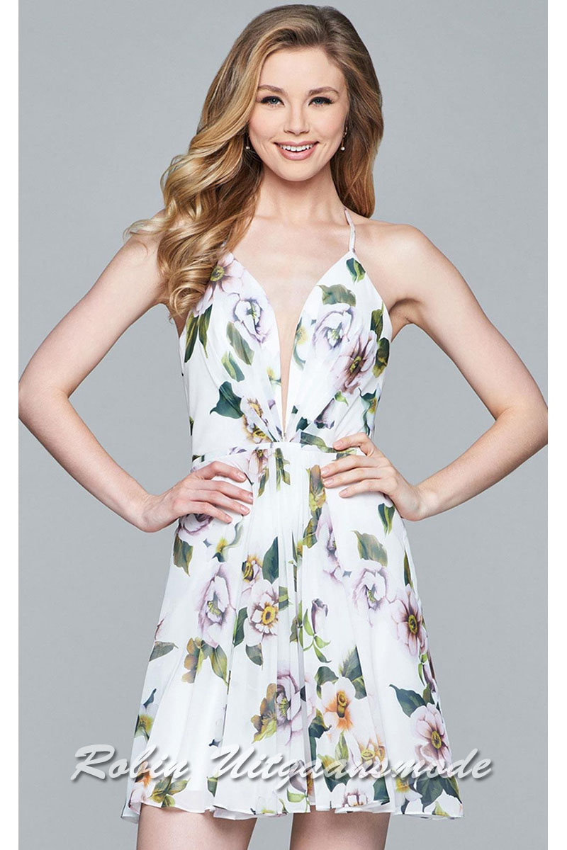40134278620 Cheerful short dress with lovely floral print features a illusion deep V- neck