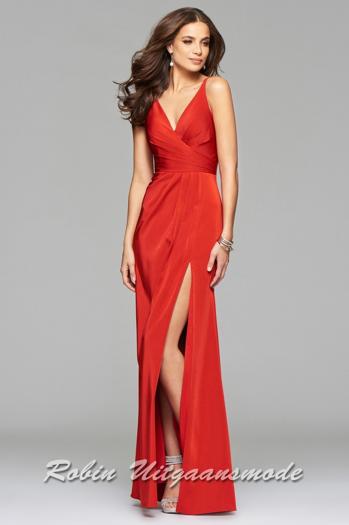9342fe89 Red prom dresses with draped front, V-neck and a high slit | modelnr