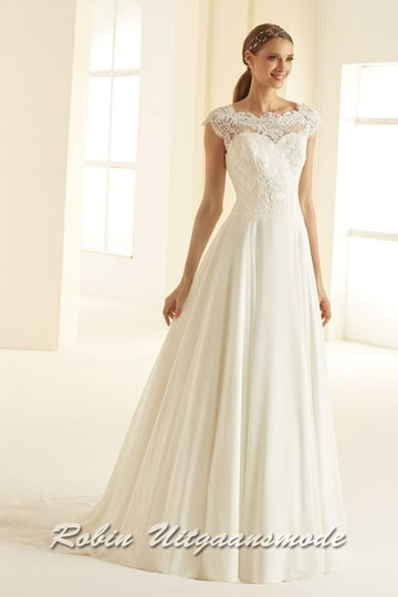 Ivory-white wedding dress with A-line skirt, a beautifully bodice with embroidered lace, boat neckline and small cap sleeves | modelnr b-i4-1
