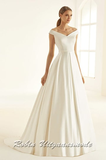 Satin A-line model wedding dress, the bodice features an off-shoulder sweetheart neckline with small cap sleeves | modelnr b-i4-6