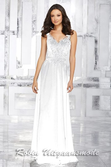 Beautiful chiffon wedding dress with embroidered beaded bodice | modelnr g-mo2-26
