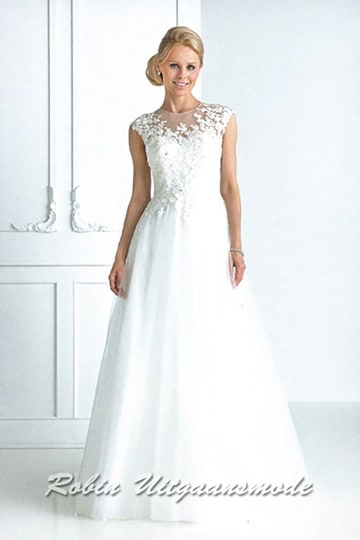 Wiener ball gown with illusion lace neck line and slightly flared skirt | modelnr g-u4-23