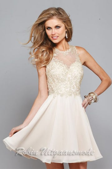 Short chiffon prom dress with embroidered lace bodice | modelnr c-1-35