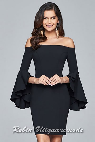 Short dress with off the shoulder neckline and long dramatic bell sleeves | modelnr c-1-50