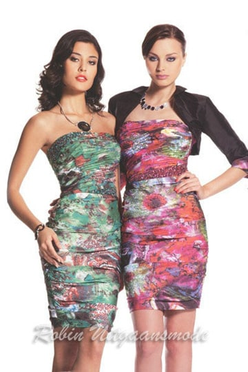 Short evening dresses with a multi print and straight strapless neckline | modelnr c-a1-55