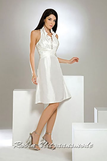 Short halter dress with ruffles along the halter bands in an ivory colour | modelnr c-a1-8
