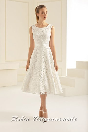 Short ivory white wedding dress with lace and hign neck | modelnr c-b1-4