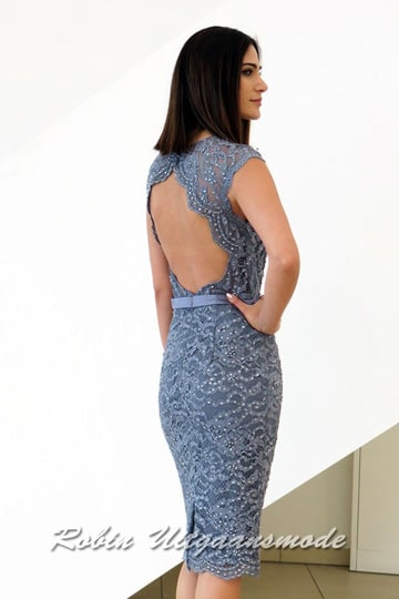 Short dress fully beaded and embroidered with half open back in lilac blue | modelnr c-n1-67