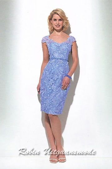 Short  dress with lace in blue with small sleeve straight skirt till the knee | modelnr c-u1-81