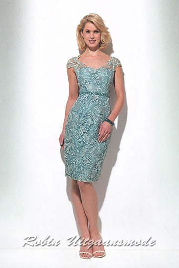 Short lace dresses with cap sleeves for wedding parties in the jade green | modelnr c-u1-81