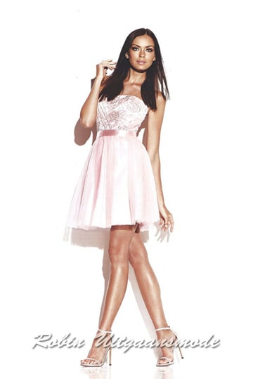 Pink cocktail dress with straight strapless bodice, satin waistband and skirt above the knee | modelnr c-ul9-6