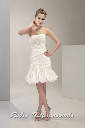 Ivory wedding dress with strapless draped bodice and a short balloon skirt | modelnr c-v1-2