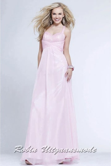 Pink chiffon prom dress with V-neck and key-hole low back | modelnr g-2-112