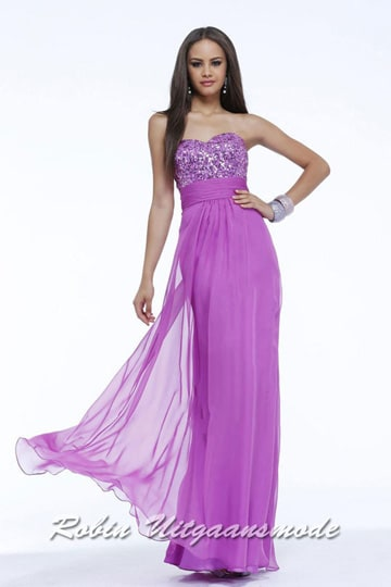 Pink sequin strapless prom dress feature a sweetheart bodice, draped waistband and Tule overlay skirt | modelnr g-2-118