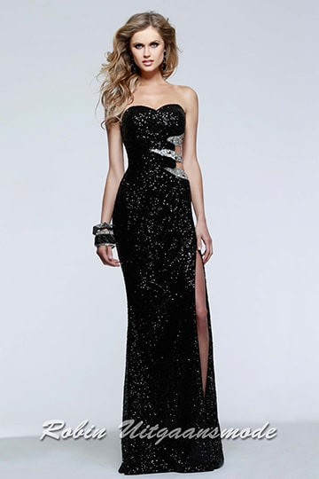 Black or blue sequin dress with silver coloured waist accent and high slit, now only in small sizes | modelnr g-2-154