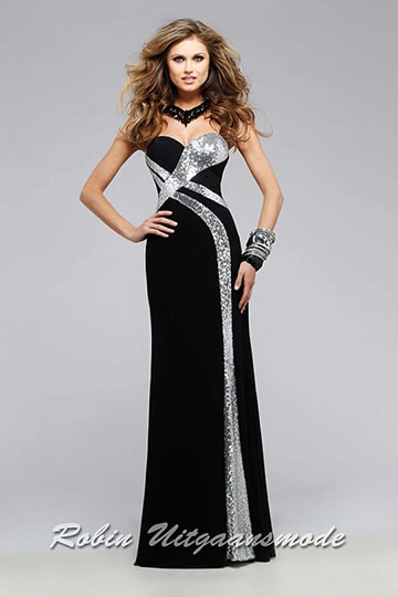 Designer black prom dress with a heart-shaped strapless top and silver coloured sequin stripes | modelnr g-2-172