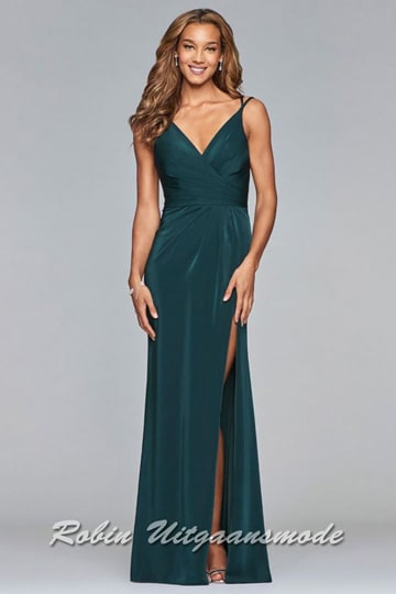 Green evening dress with draped front, V-neck and a high slit | modelnr g-2-173