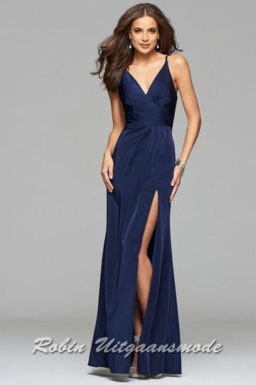 Navy blue long prom dress with draped front, V-neck and a high slit | modelnr g-2-173