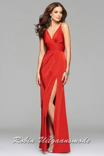 Red prom dresses with draped front, V-neck and a high slit | modelnr g-2-173