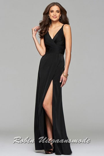 Black prom dress with draped front, V-neck and skirt with high slit | modelnr g-2-173