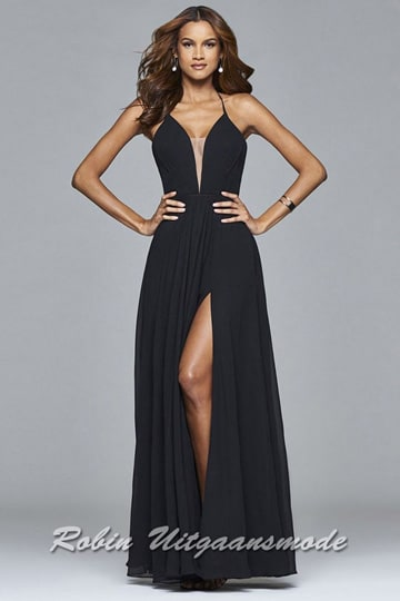 Black lace-up back evening dress with V-neck, spaghetti straps and slit | modelnr g-2-174