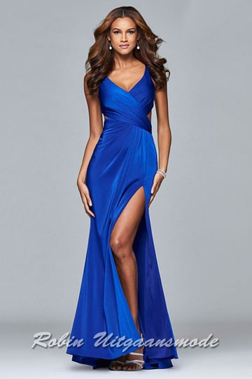 Royal blue prom dress with a V-neck, side cutouts and a draped long skirt with a front slit | modelnr g-2-178