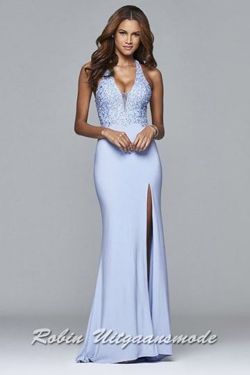 Light blue long dress featured a flowy lace overlay bodice with a fit and flare skirt | modelnr g-2-182