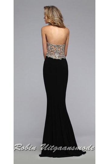 Illusion half open back with embroidered bodice with a black | modelnr g-2-188