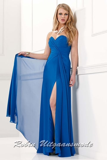 Sexy strapless dress with ruched patterned bodice and a straight-cut back in royal blue | modelnr g-2-19