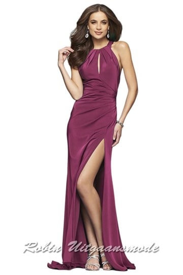 Ruby high-necked prom dress with key-hole open back and high slit  | modelnr g-2-217