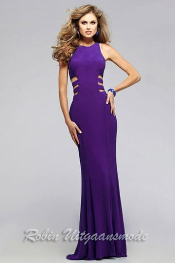 Fitted high neck prom dress with side cut outs | modelnr g-2-219