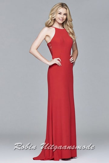 Red fitted long prom dress with a high neck line and flary skirt, excellent for Christmas party's | modelnr g-2-225