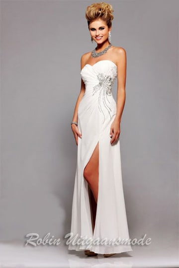 Ivory white strapless prom dress with shimmering embroidered bodice and high slit | modelnr g-2-82