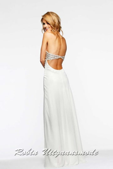 The cutout back of the white strapless dress with rows of dazzling beads to accent the waist | modelnr g-2-91