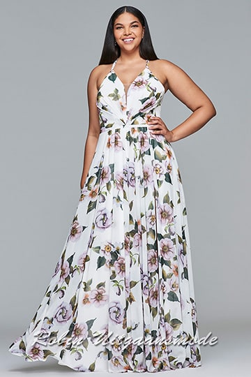 Sexy plus size dress features a floral print, high slit, V-neck, and pleating on the skirt | modelnr g-3-37