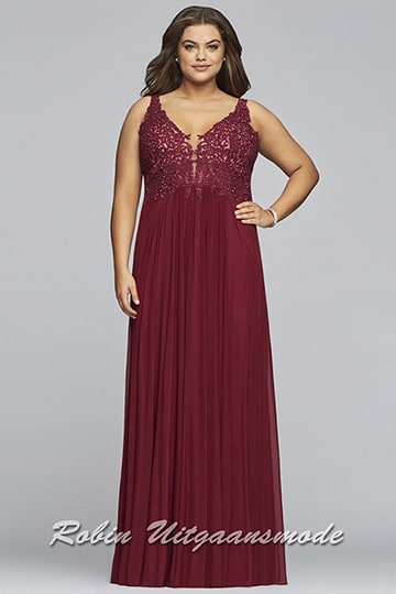 Plus-size prom dress, the bodice is decorated with beautiful lace applications and a wide-cut skirt | modelnr g-3-40