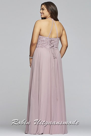 Prom dress with a lace bodice, a beautiful long v-neckline and a flared chiffon skirt in the plus sizes | modelnr g-3-43
