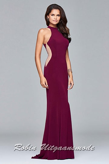 High-neck fitted prom dress with classy high halter neckline with an exquisite keyhole open back and long skirt with a small drag. | modelnr g-5-14