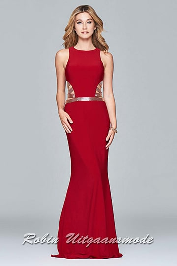 Stylish long evening dress with a scoop neckline, the sleeveless bodice with side cut-outs and beaded waistband highlights your figure | modelnr g-5-16