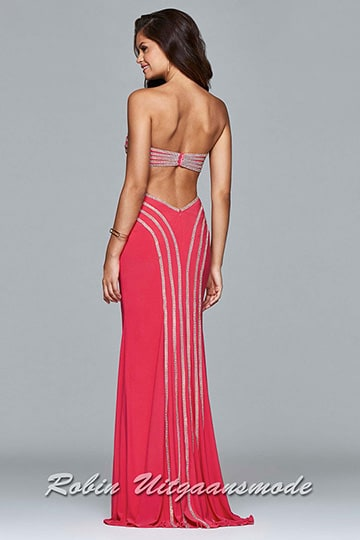 Strapless prom dress with heart-shaped bodice and the rhinestone lines decorate the bust and cut-outs, flowing down the back of the skirt | modelnr g-5-18