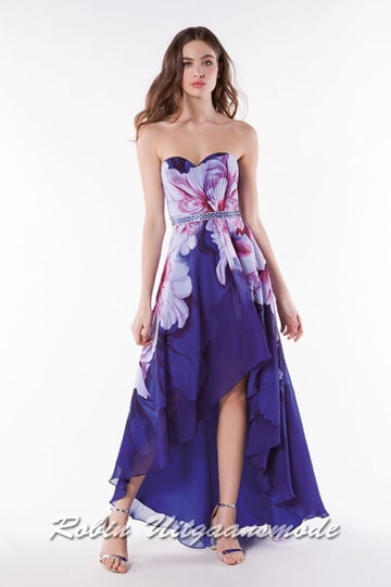 Stunning blue prom dress with floral print, features a heart shaped strapless bodice and high-low skirt | modelnr g-a2-31