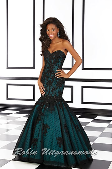 Fishtail evening dress in petrol blue with embroidered polka dots and black lace | modelnr g-mo2-16