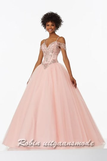 Beaded evening gown with off-the-shoulder cap sleeves and tule skirt | modelnr g-mo2-18