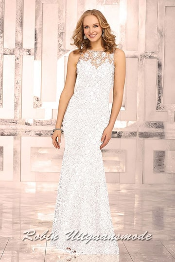 Ivory-white prom dress with a full lace overlay, an illusion high-neckline and sweetheart bodice. | modelnr g-mo2-25