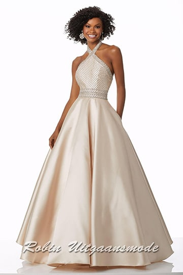 Graceful champagne coloured ball gown with beautiful lattice beaded bodice and open back | modelnr g-mo2-30