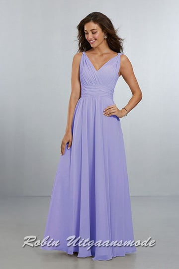 Classic A-line evening gown with draped, surplus V-neckline and waistline. | modelnr g-mo2-37