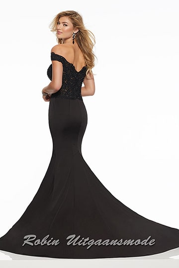 Gorgeous off shoulder prom dress, the tight bodice is decorated with lace and beads, the flared skirt creates a mermaid silhouette | modelnr g-mo2-54