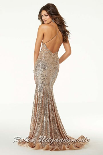 Glamour prom dress decorated with beaded appliqués on lace and lines of sparkling sequins on the fitted skirt | modelnr g-mo2-65