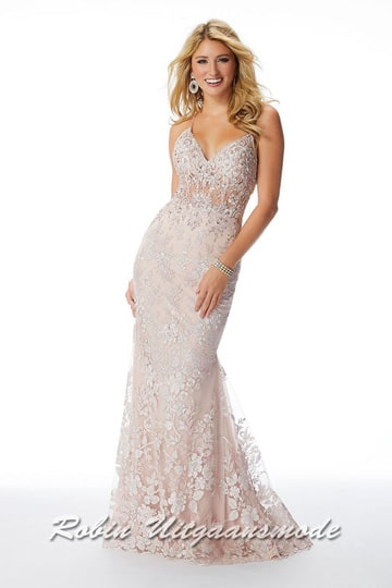Fishtail prom dress with V-neck bodice, decorated with very fine applications, a semi-open back and spaghetti straps | modelnr g-mo2-74