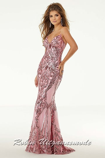 Pink shimmering prom dress with a trendy design with beads and sequins, with a low back and a small train | modelnr g-mo2-81